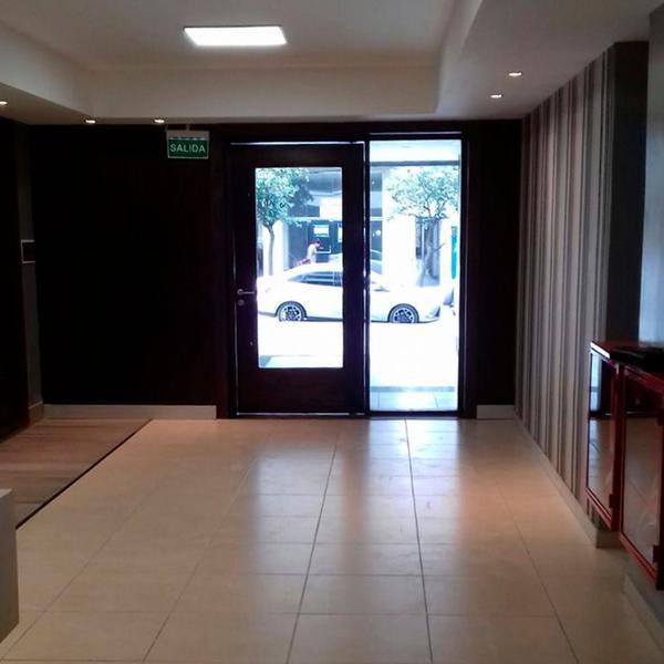 Foto Departamento en Venta en  San Miguel De Tucumán,  Capital  9 de Julio al 800