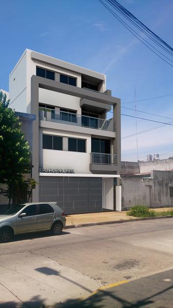 Foto Departamento en Venta en  Mataderos ,  Capital Federal  Semipiso 4 ambs de categoría con 1 o 2 cocheras, de lujo, listo para mudarse. Bragado 5300