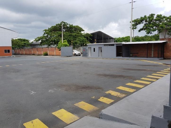 Foto Depósito en Alquiler en  Norte de Guayaquil,  Guayaquil  Bodega de 10000 m2 de estreno; en Arriendo Via a La Costa