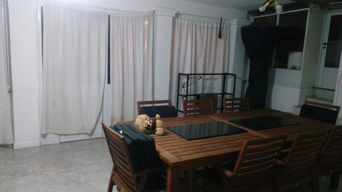 Foto Casa en Venta en  Colinas De V.Sarsfield,  Cordoba Capital  Lamartine 2096