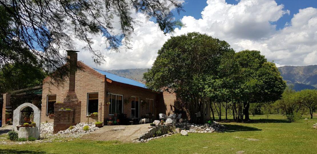 Foto Casa en Venta en  Merlo,  Junin  VENDO CASA DE 100MT2  CON CAMPO DE 3 HECTÁREAS EN MERLO SAN LUIS
