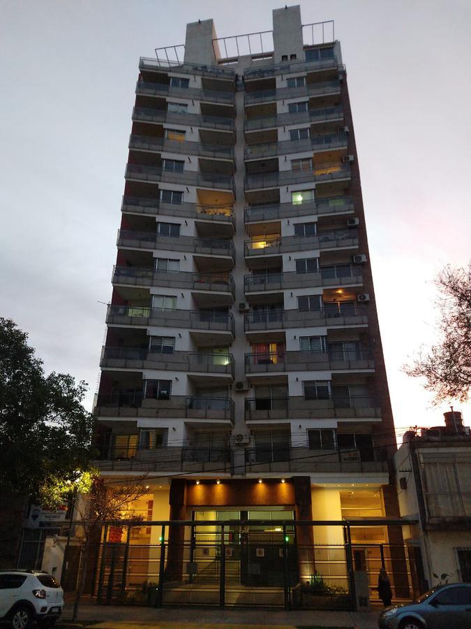 Foto Departamento en Venta en  Macrocentro,  Rosario  FRANCIA al 200