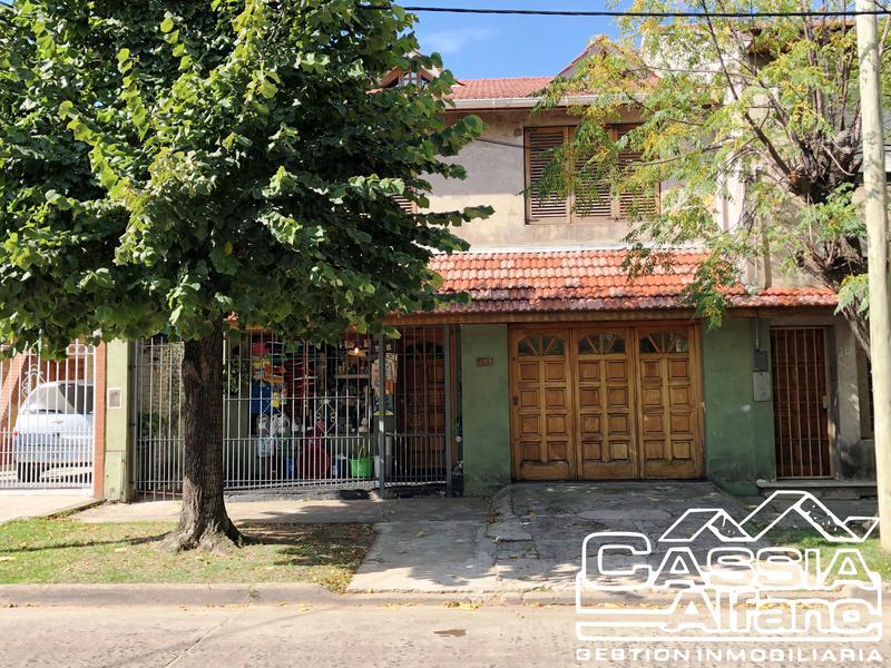 Foto Casa en Venta en  Banfield Este,  Banfield  GUARDIA NACIONAL 178