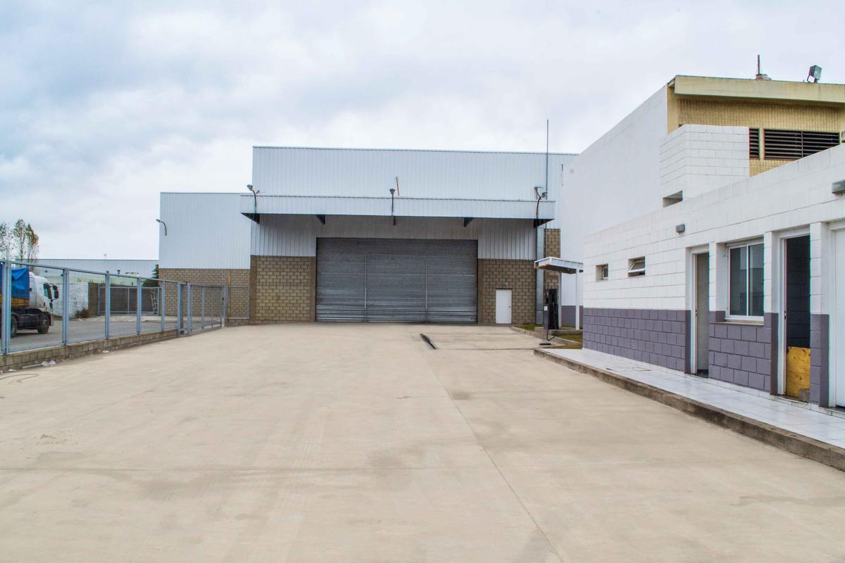Foto Galpón en Venta | Alquiler en  Ferreyra,  Cordoba Capital  Ferreya - General Manuel Savio al 5800