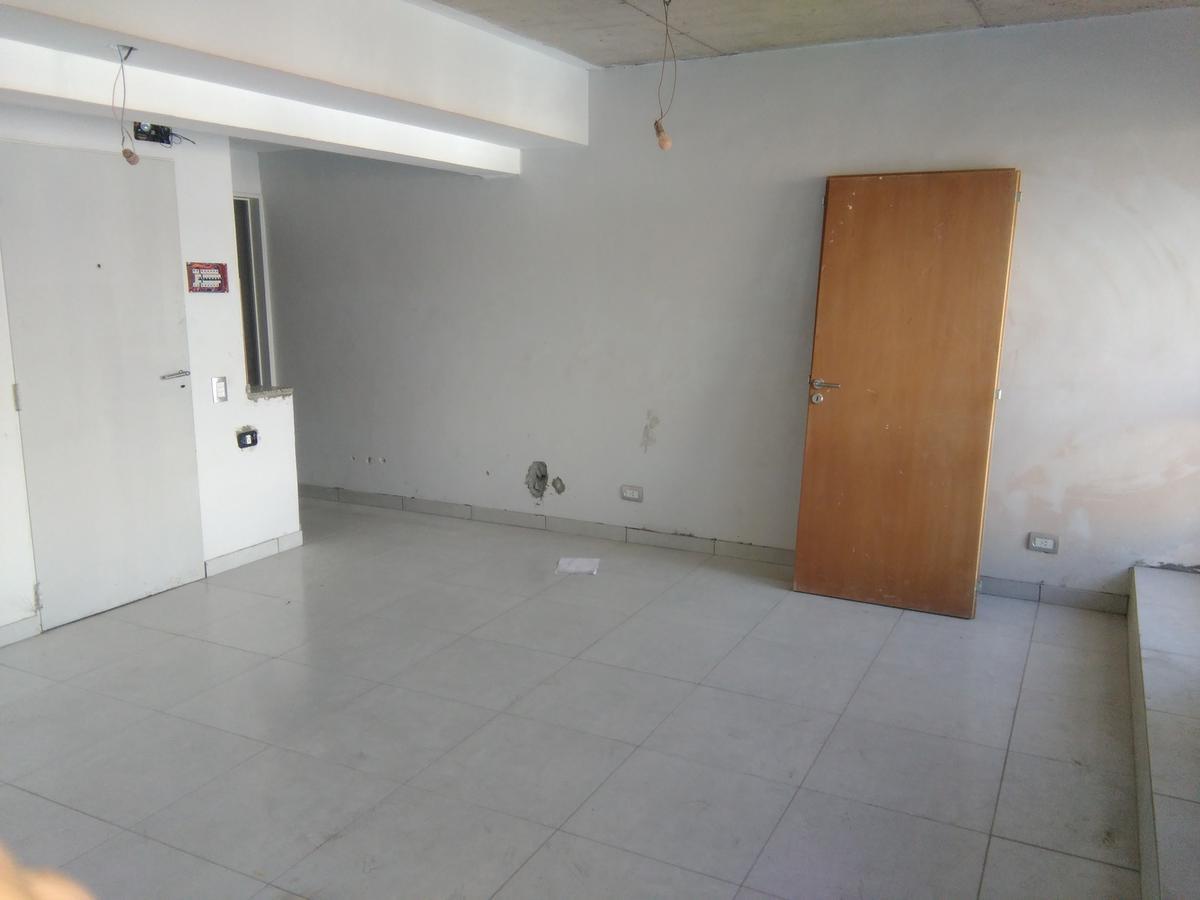 Foto Oficina en Venta en  Floresta ,  Capital Federal  CUENCA entre  y AVENIDA GAONA