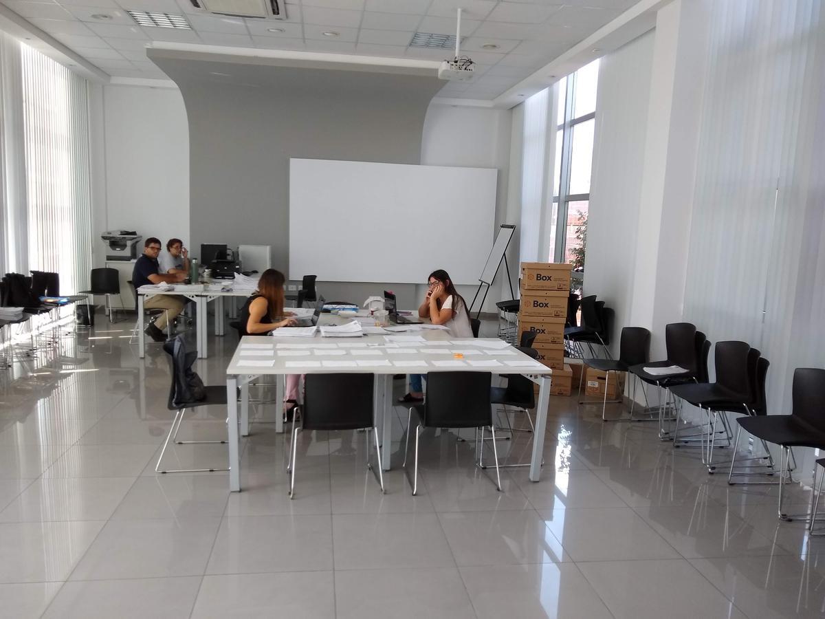 Foto Oficina en Venta en  Marq.De Sobremonte,  Cordoba  Monseñor P. Cabrera y Circunvalación