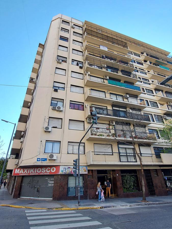 Foto Departamento en Venta en  Constitución ,  Capital Federal  Piedras al 1400