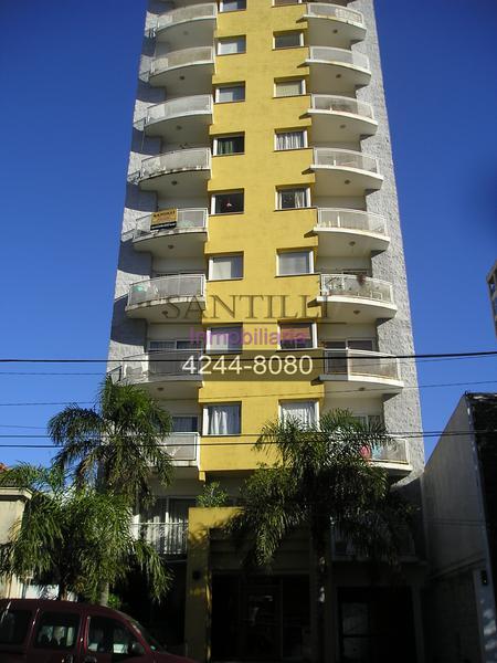 Foto Departamento en Alquiler en  Lomas de Zamora Oeste,  Lomas De Zamora  L.N. Alem 160 6º A