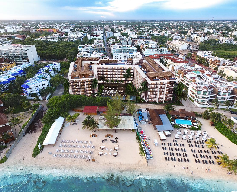 Foto Departamento en Venta en  Playa del Carmen,  Solidaridad  EMMA Y ELISSA CONDO BEACH FRONT | 1 REC | VISTA AL MAR | C. 44 | 3er piso