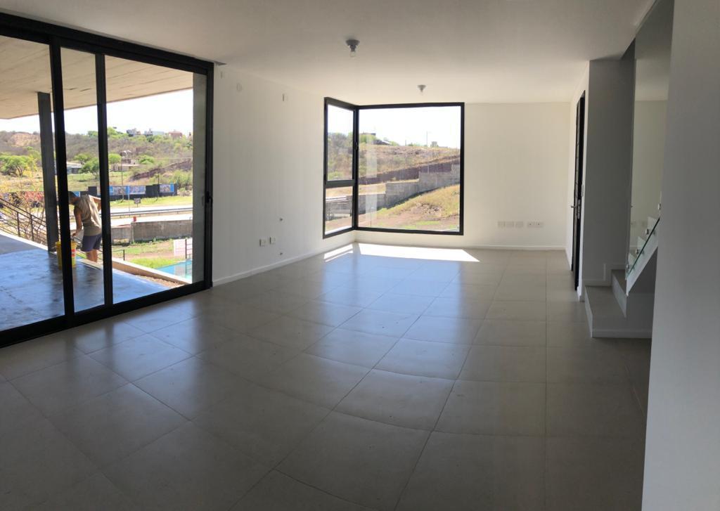 Foto Casa en Venta en  Cordoba Capital ,  Cordoba  La Cuesta Residencial