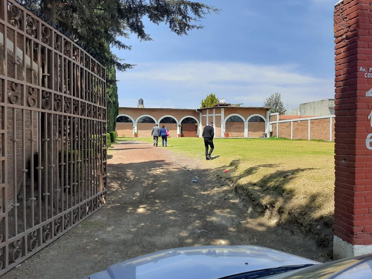 Foto Bodega Industrial en Renta en  Capultitlan,  Toluca  RENTA DE BODEGA COMERCIAL/INDUSTRIAL  EN PASEO COLÓN TOLUCA RUMBO A CAPULTITLÁN