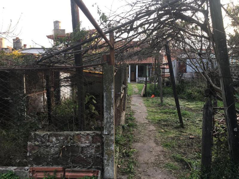 Foto Casa en Venta en  Lomas de Zamora Oeste,  Lomas De Zamora  BOQUERON al 1500