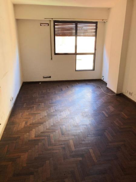 Foto Departamento en Alquiler en  Nueva Cordoba,  Cordoba Capital  Belgrano al 400 - 1 Dormitorio! Cocina Separada. Piso alto