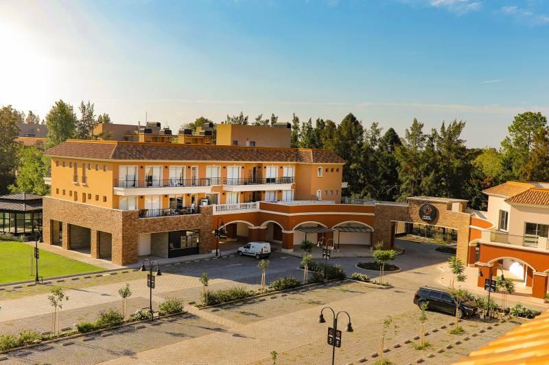 Foto Local en Venta en  Pueblo Camaño,  Villa Rosa          Caamaño al 600
