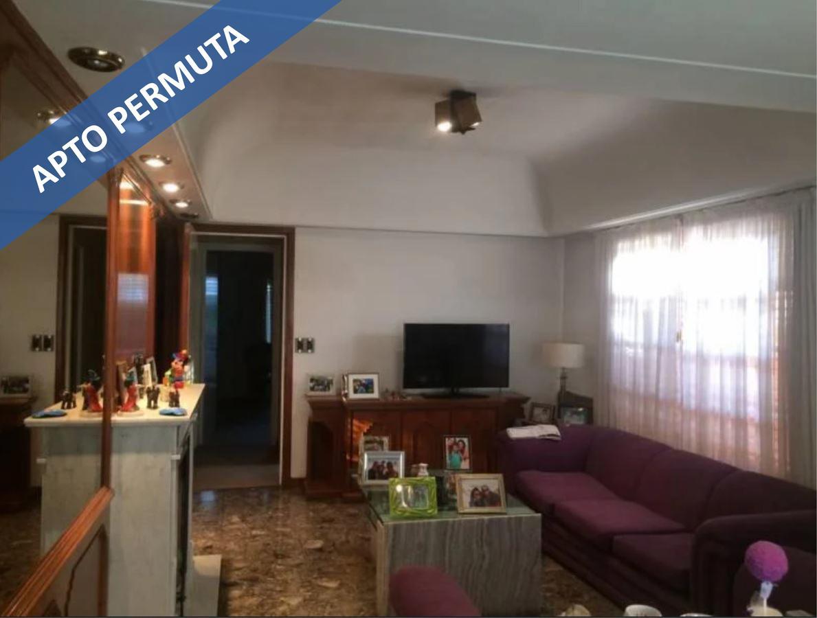 Foto Casa en Venta en  Quilmes,  Quilmes  esquiu 2762
