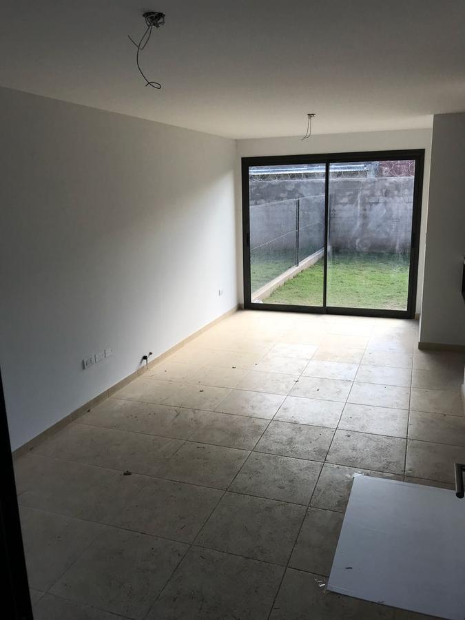 Foto PH en Venta en  Inaudi,  Cordoba  Cruz del Sur