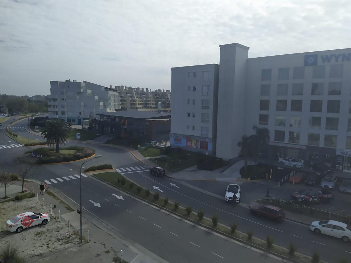 Foto Oficina en Alquiler en  Estudio de la Bahia,  Bahia Grande  Wyndham 778