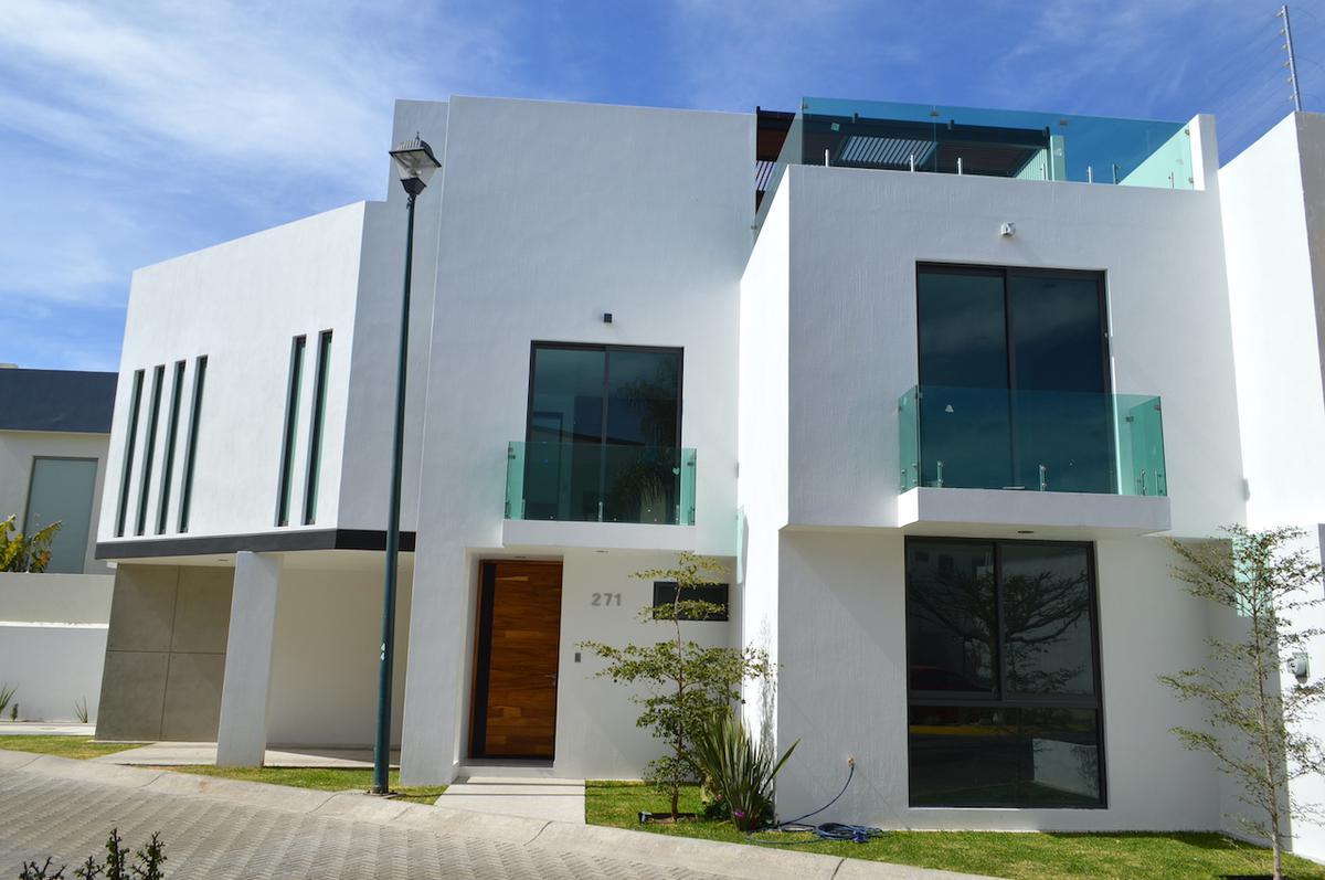 Foto Casa en Venta en  Fraccionamiento Los Almendros,  Zapopan  Av Rio Blanco 1676 271