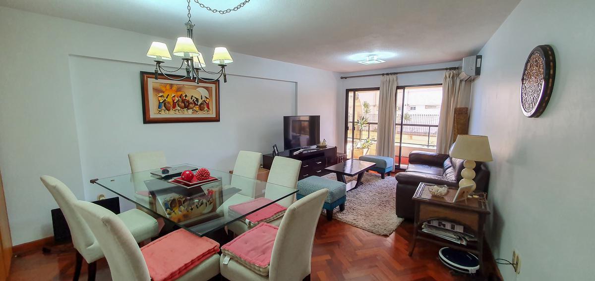 Foto Apartamento en Venta en  Malvín ,  Montevideo  Rambla Rep.de Chile y Colombes