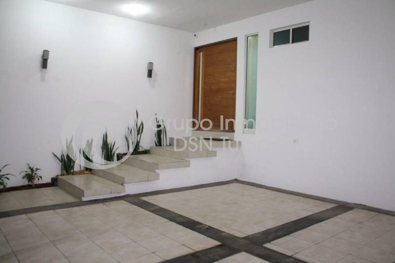 Foto Casa en Venta en  Cima del Bosque (Cumbres Elite 9 Sector),  Monterrey  Renta Casa, Cima del Bosque, Cumbres Elite