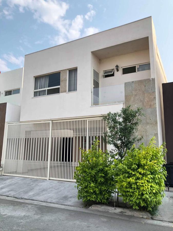 Foto Casa en Venta en  Cumbres Elite,  Monterrey  Cumbres Elite Sector Hacienda