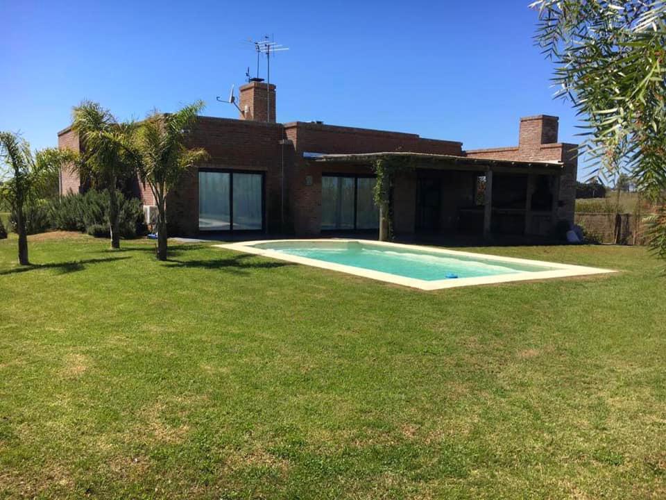 Foto Casa en Venta en   Colinas de Carrasco,  Countries/B.Cerrado (Carrasco)  Ruta 101