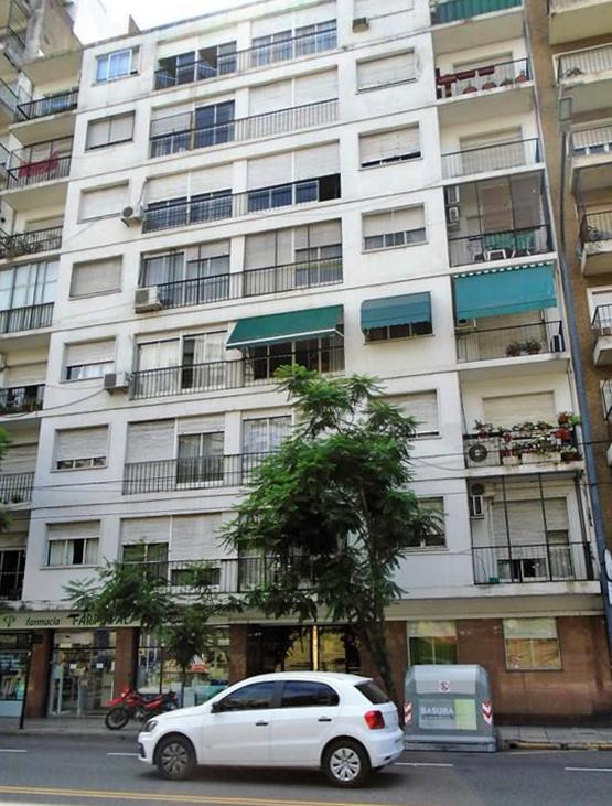 Foto Departamento en Alquiler en  Palermo ,  Capital Federal  Campos, Luis María Av. al  700
