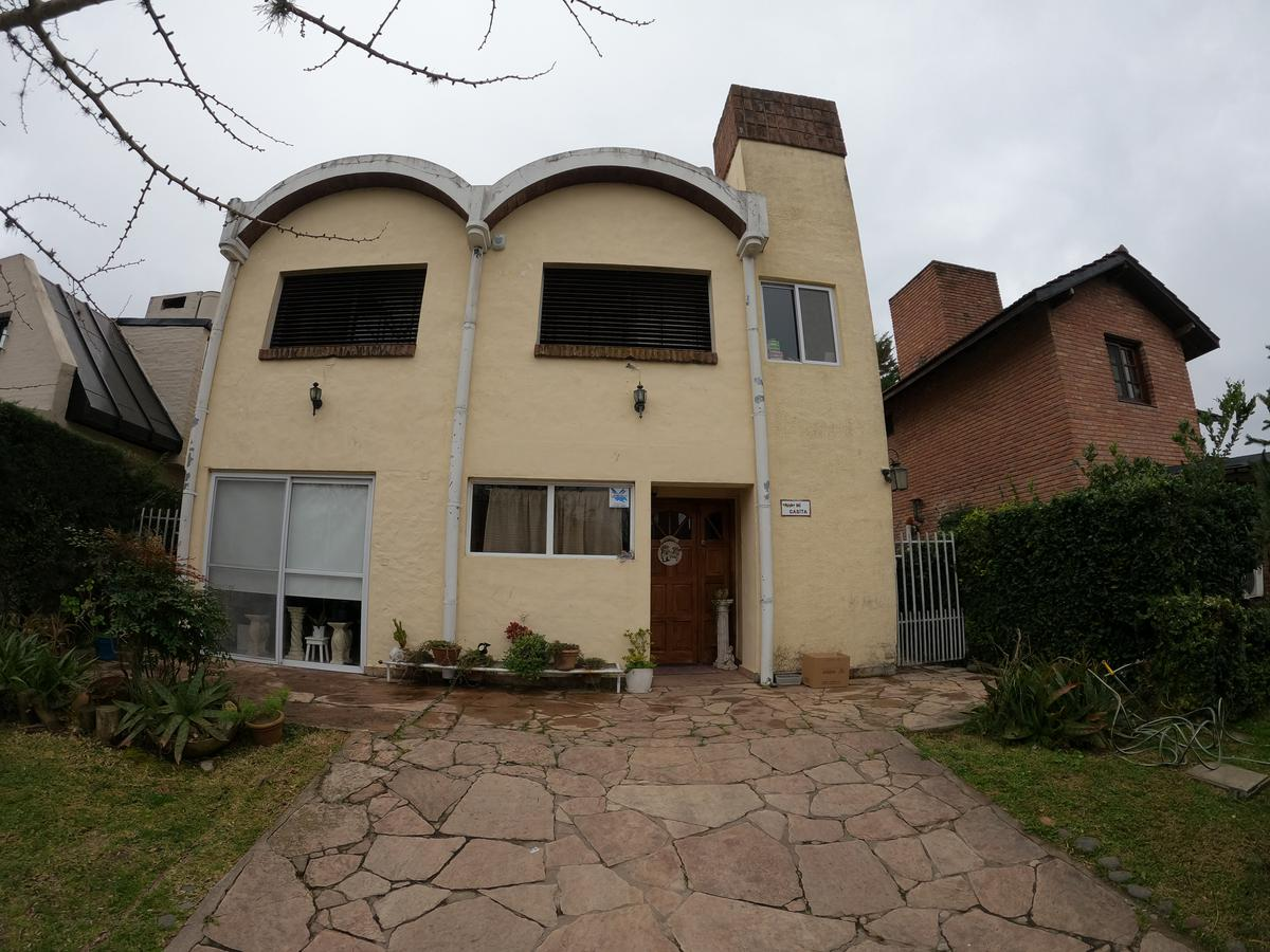 Foto Casa en Venta en  Maschwitz Club,  Countries/B.Cerrado (Escobar)  Maschwitz Country Club, Manzana 12, Lote 7