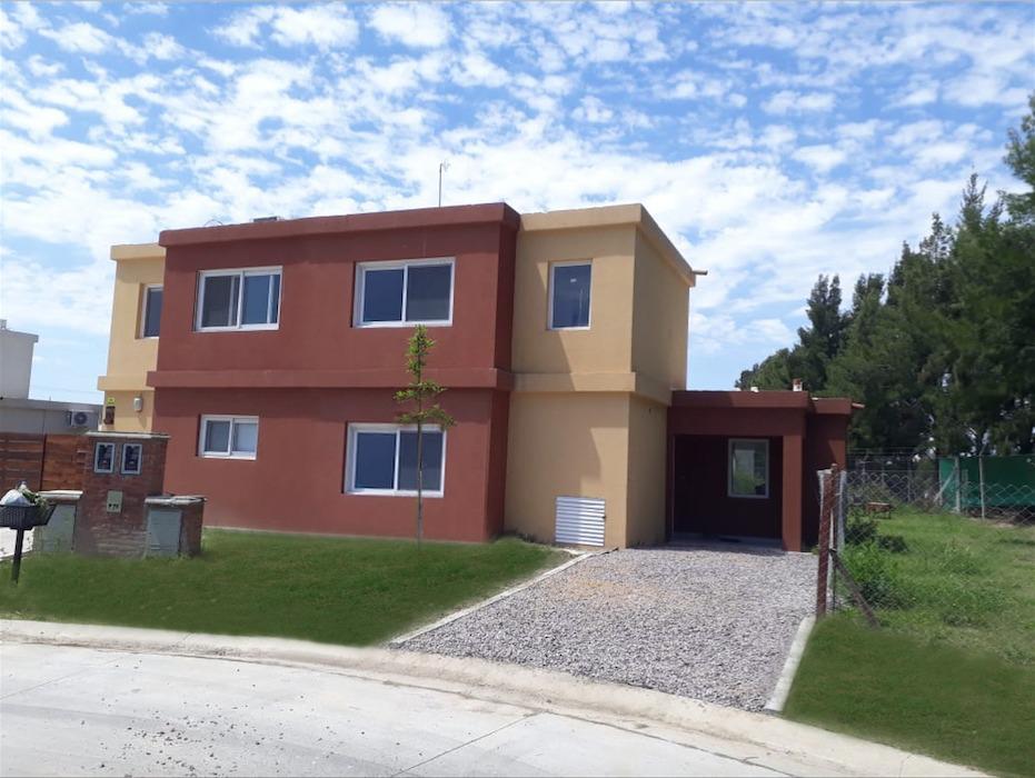 Foto Casa en Venta en  Casas de San Patricio,  Villanueva  Casas San Patricio  - Villa Nueva al 100