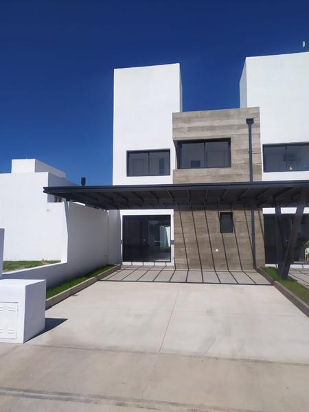 Foto Casa en Venta en  La Calandria,  Cordoba Capital  Dúplex de 3 dormitorios en venta en La Calandria