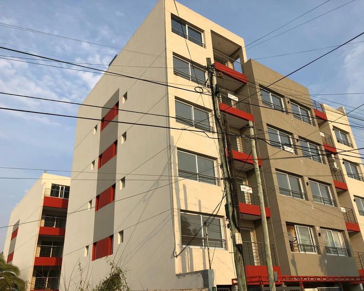 Foto Departamento en Venta en  Quilmes ,  G.B.A. Zona Sur  Comandante Franco 80