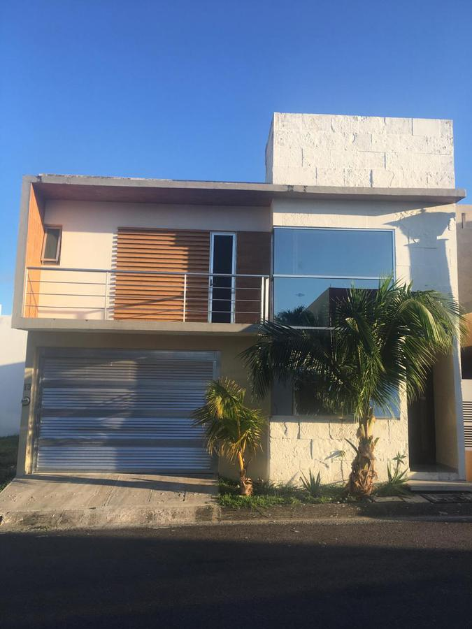 Foto Casa en Renta en  Residencial Lomas Residencial,  Alvarado  Fracc. Lomas Residencial, Alvarado, Veracruz - Casa en renta