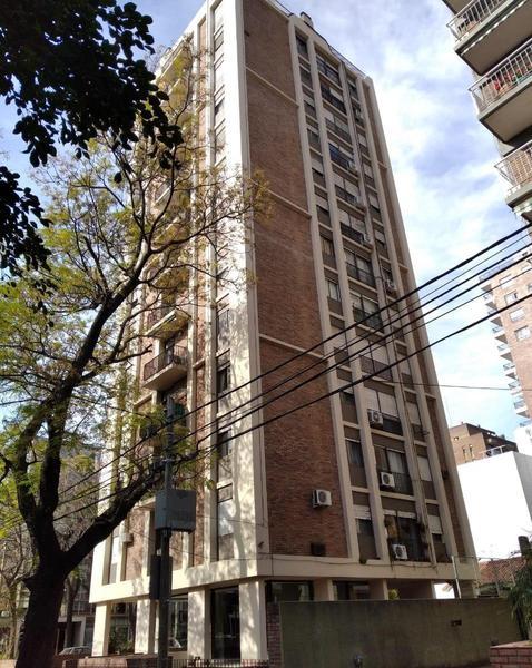 Foto Departamento en Venta en  San Isidro,  San Isidro  ALEM 187