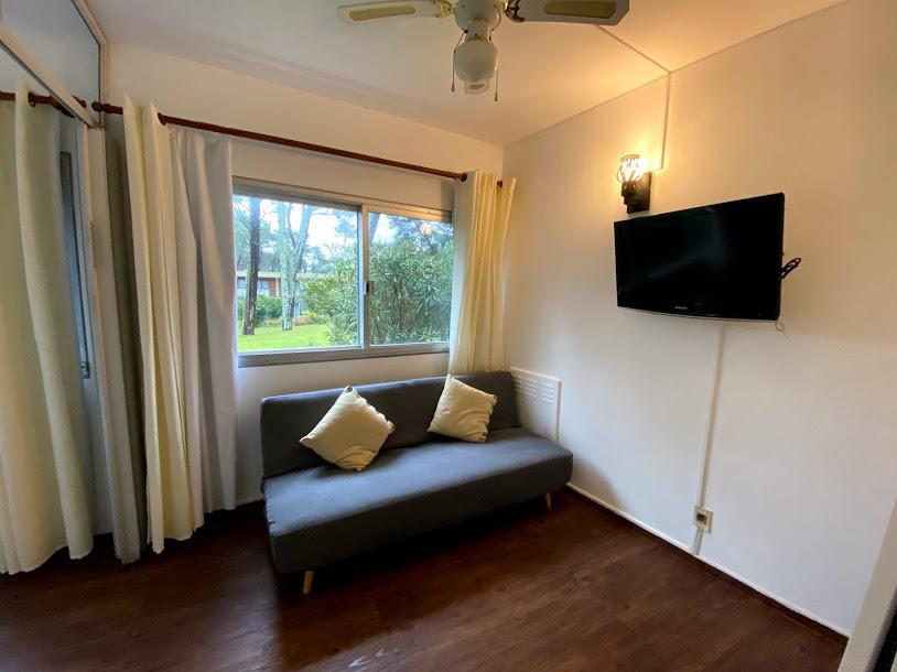 Foto Apartamento en Alquiler en  Playa Mansa,  Punta del Este  Arcobaleno anillo II