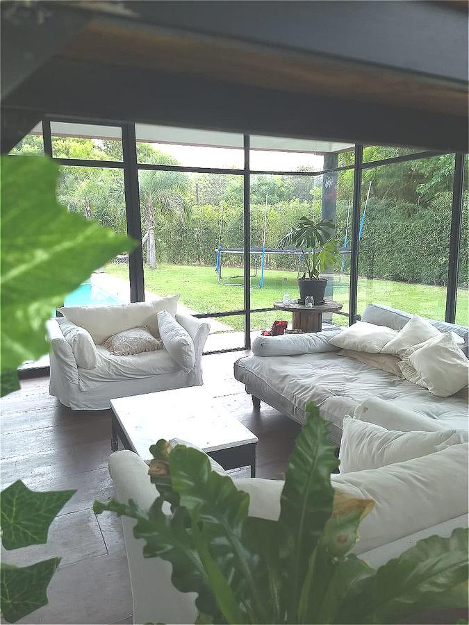 Foto Casa en Venta en  Tigre,  Tigre  Venta Casa 5 dorm. con dpcia.     Barrio Sta Barbara Bancalari 3900 Nordelta Tigre