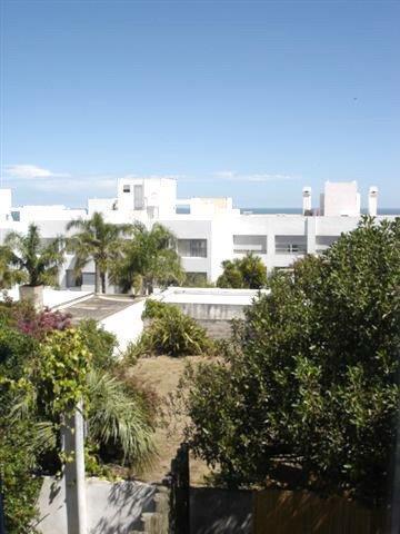Foto Departamento en Alquiler temporario   Venta en  Montoya,  La Barra  Sin Expensas A 2 cuadras de la playa