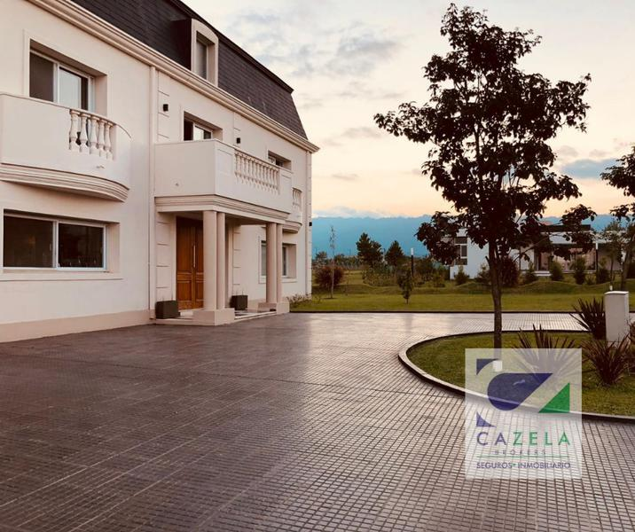 Foto Casa en Venta en  Av. Peron ,  Yerba Buena  COUNTRY PRADERAS