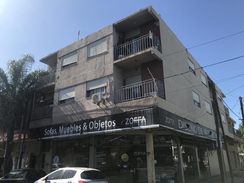 Foto Departamento en Venta en  Haedo Sur,  Haedo  Rivadavia al 15000