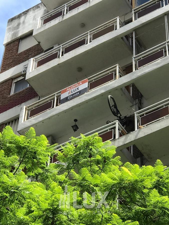 Departamento venta dos dormitorios frente Brown 1600 zona rio - Centro