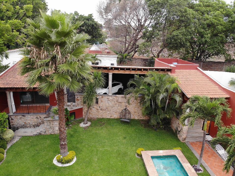Foto Casa en Venta en  Extensión Delicias,  Cuernavaca  ANTIGUO CAMINO A AHUATEPEC al 200