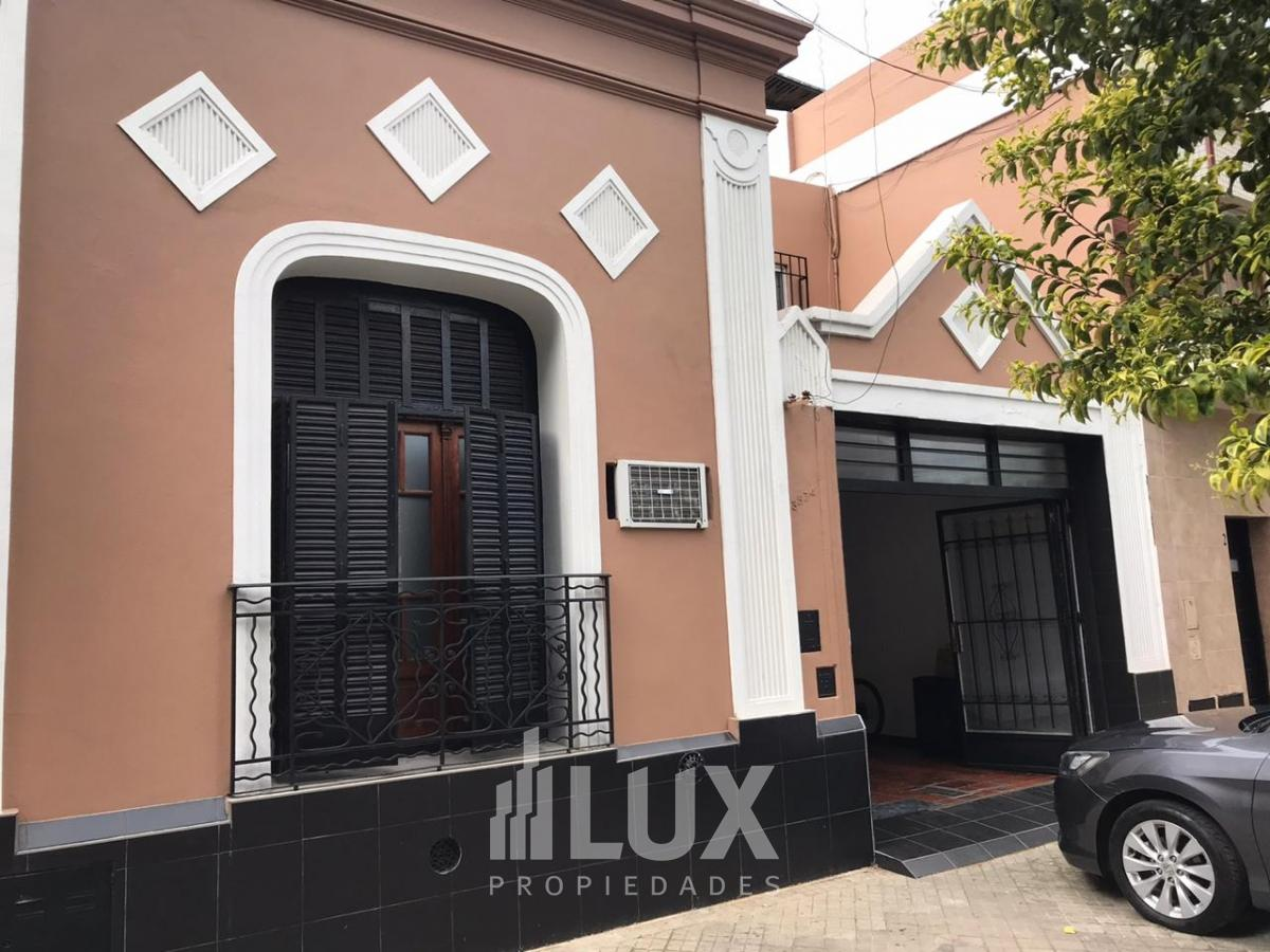 Casa en venta 3 dormitorios, quincho, jardín, Barrio Jorge Cura