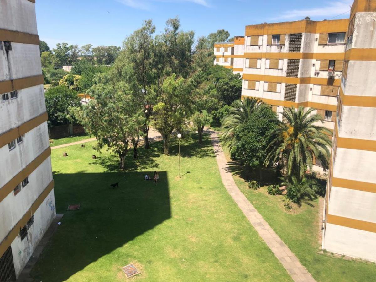 Foto Departamento en Venta en  Villa Elisa,  La Plata  419 y 3