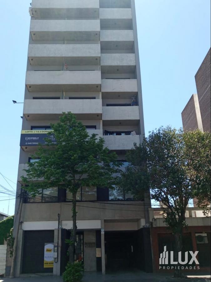Alquiler - Departamento - Monoambiente - Frente - Balcon - Pileta - Quincho