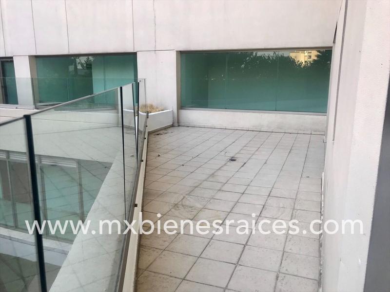 Foto Departamento en Venta en  Jesús del Monte,  Huixquilucan  Departamento con terraza, Plaza Victoria