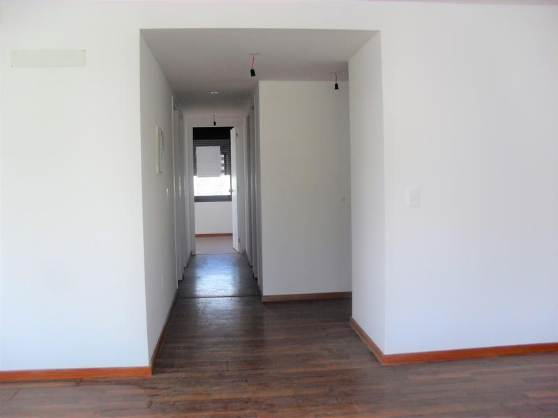 Foto Oficina en Venta en  Ciudad Vieja ,  Montevideo  Juan Carlos Gomez y Cerrito