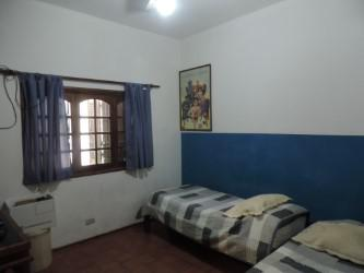 Foto Casa en Venta en  Alto Alberdi,  Cordoba  Garzón Maceda Nº al 500