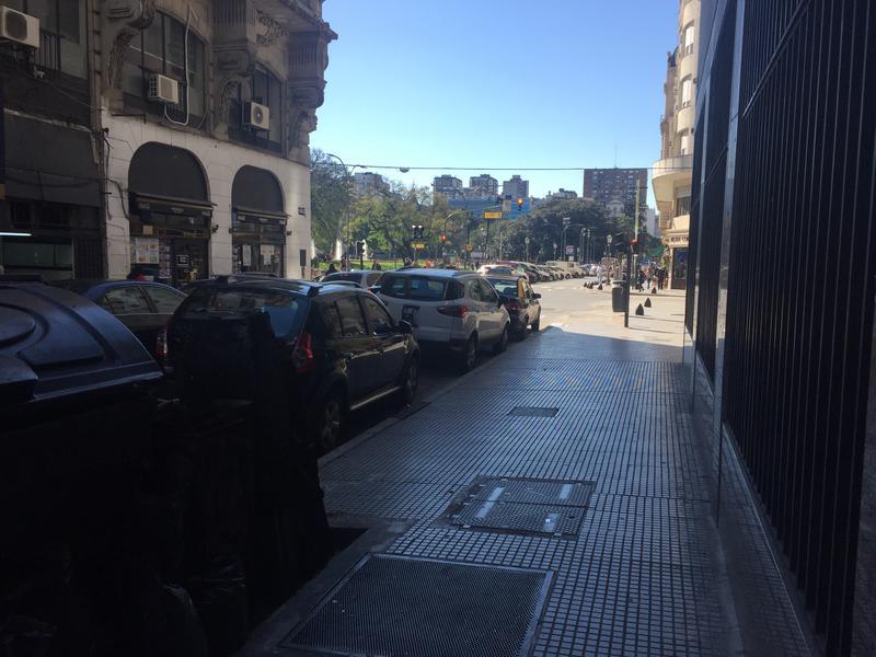 Foto Local en Venta en  Centro (Capital Federal) ,  Capital Federal  Libertad al 400