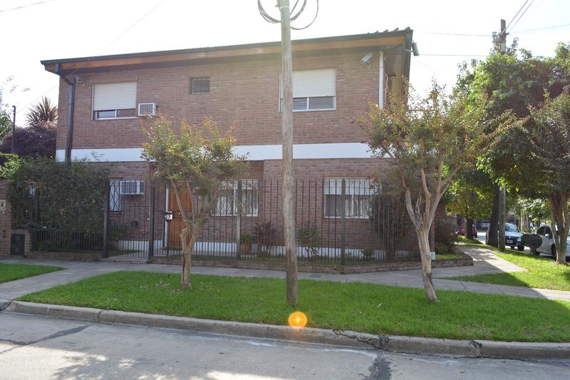 Foto Casa en Venta en  Olivos-Uzal/Panam.,  Olivos  Piedrabuena 3505, Olivos
