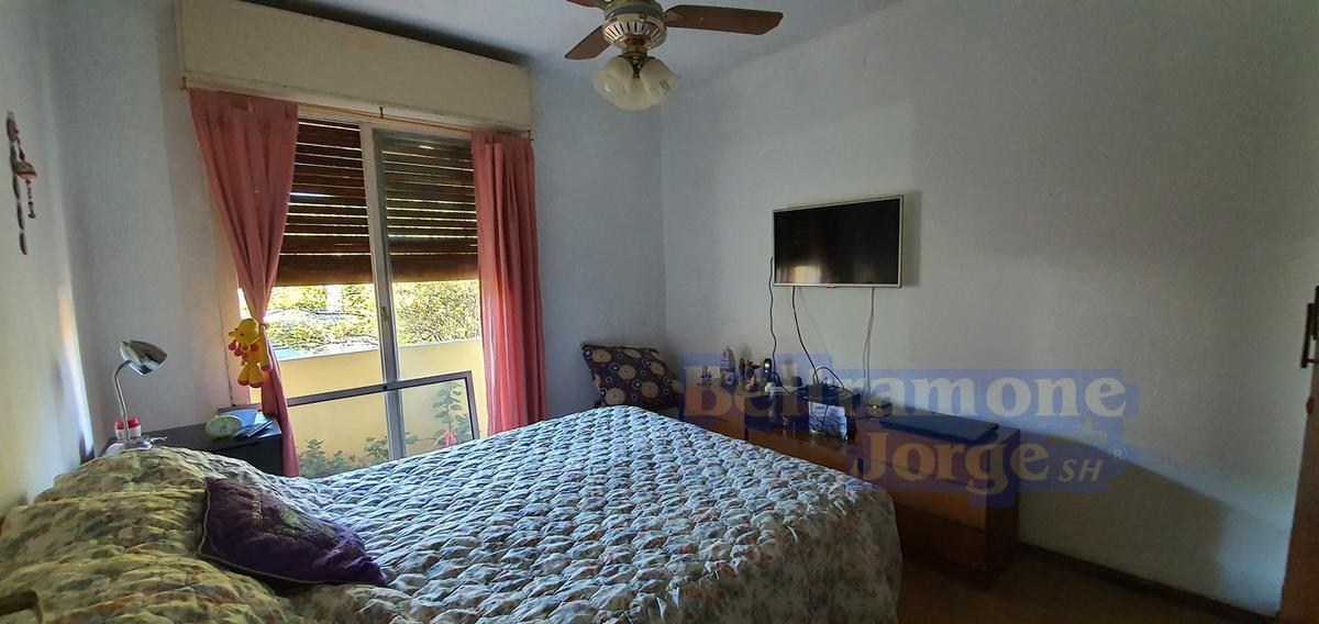 Foto Casa en Venta en  Alberdi,  Rosario  Agrelo al 2900