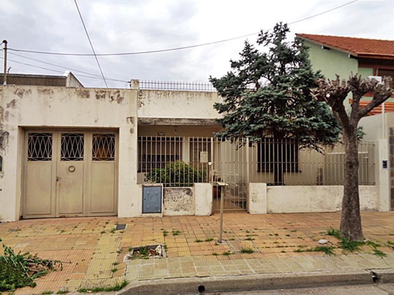 Foto Casa en Venta en  Villa Adelina,  Vicente López  La Calandria al 1500
